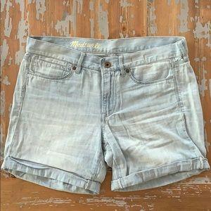 Madewell lightweight denim shorts size 27